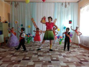 выпускной в дощкольном отделении_танец_1