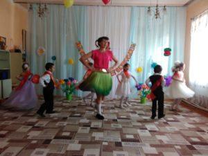 выпускной в дощкольном отделении_танец_2