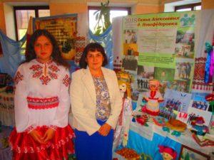 Галина Ильинична и Надежда Алексеевы представляют свою семью