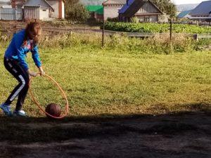 дотащи мяч